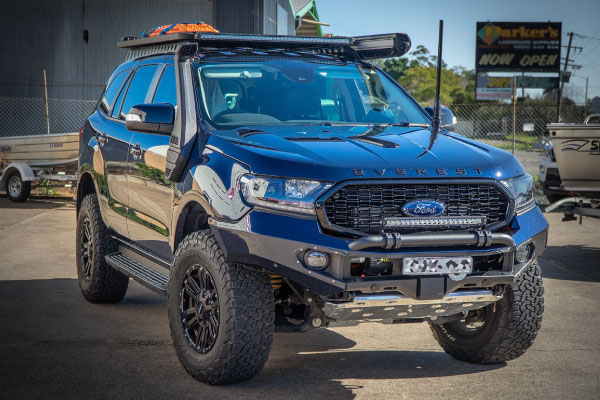 Ford Everest 4WD parked out the front of the 4WD Workshop